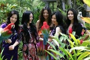 全球10大女性奇葩规定排行榜:处女不准结婚