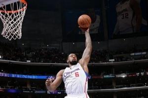 NBA现役球员中臂展长于身高的十大长臂怪人