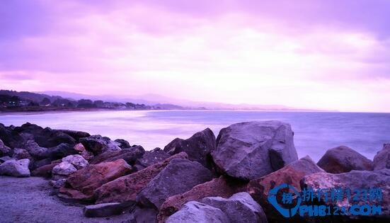 盘点世界上最美的海滩 粉色海滩带来梦幻味道