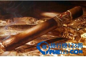 世界上最贵的香烟,好彩特供烟价值68万(白金钻石包装)