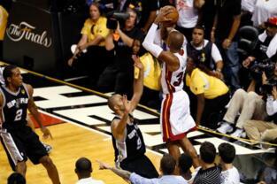 NBA季后赛三分排行榜:雷阿伦385记力压米勒