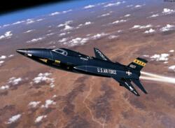 """世界上最快的飞机排行榜,X-15(7274千米/小时)力压""""黑鸟""""成第一"""