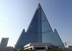 世界上最丑的建筑物钱柜娱乐777官方网站首页,朝鲜柳京饭店成榜首(各个丑瞎眼)