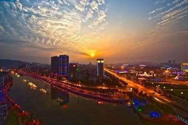 2017年8月咸宁各区房价排行榜,咸宁房价低至2423元/㎡