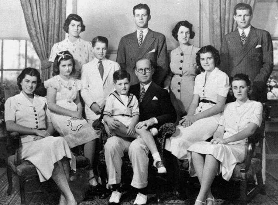 掌控政治的美国四大家族:多人被暗杀后辈吸毒堕落