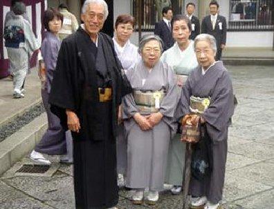 日本人口数量2016