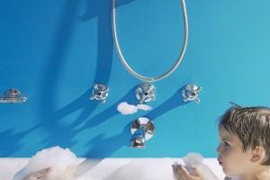 世界各国洗澡次数排行榜 英国哈利王子两年不洗头