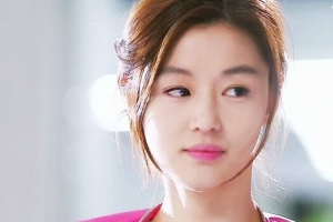 韩国10大校花出身的美女明星