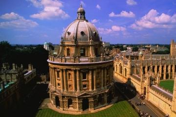 英國top10大學優勢專業學費
