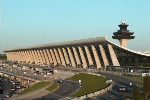 全美最繁忙的十大國際機場