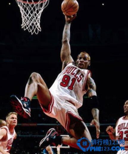 NBA十大私生活糟糕的球员,乔丹赌博成性!