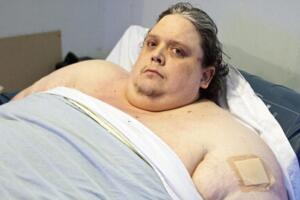 世界上最胖的人,把自己吃死的谢莉尔.瑞奇(体重1800斤)