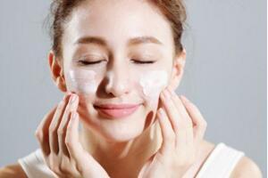 卸妆油排行榜10强,选对卸妆产品很重要