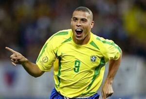 历史上获得世界杯冠军最多的国家:巴西5次捧起大力神杯