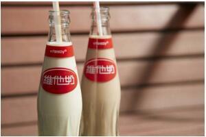 中国十大液态奶品牌排行榜,蒙牛夺冠,伊利屈居第二