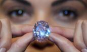 世界最贵钻石粉红之星:价值6千万美元(重59.60克拉)