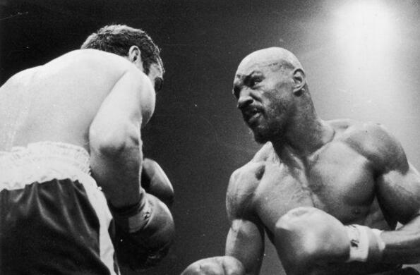 美国地下黑拳最经典的大战排名:安东尼马库斯vs疯子阿兰·佩迪拉上榜