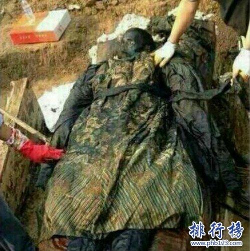 世界上有僵尸吗 世界上有僵尸吗?北京医院太平间尸体不翼而飞(慎入)