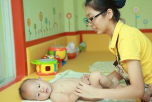 开婴儿游泳馆怎么样,婴儿游泳馆加盟多少钱(5个月回本)