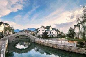 2017中国各省市特色小镇分布排行榜:浙江省23个居首,江苏山东并列第