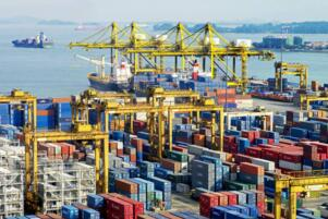 2017年第一度全球港口集装箱吞吐量排行榜:前十中国站6席