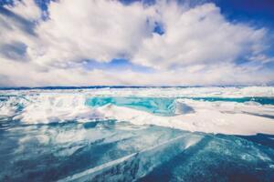 世界上最深的湖:贝加尔湖最深处1637米(无人触及)