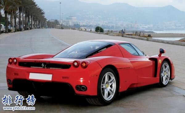 法拉利最快的车:法拉利Enzo(最高时速达350km/h)