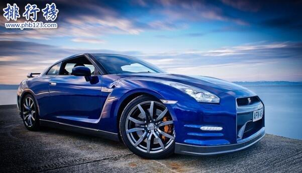 日产最快的跑车:日产GTR百米加速仅2.8秒