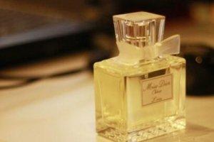 世界十大香水排名 世界奢侈品香水品牌排行榜