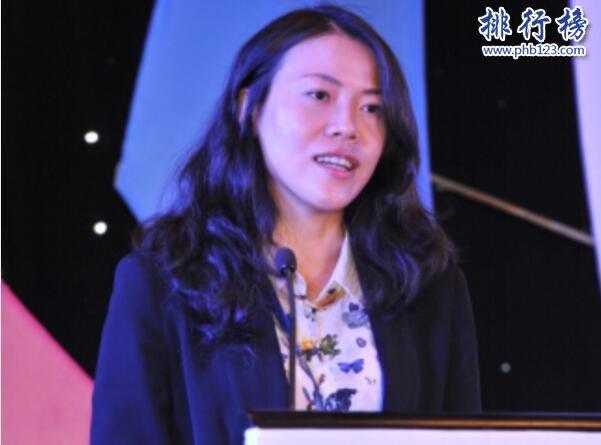 2017胡润女企业家排行榜:杨惠妍1600亿第五次登顶,马东敏进前十