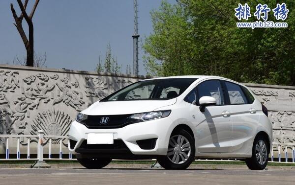 10万左右的两厢车排行榜,10万左右性价比最高的两厢车推荐