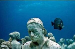 世界上最大的水下坟场:特鲁克泻湖(二战日军坟墓)