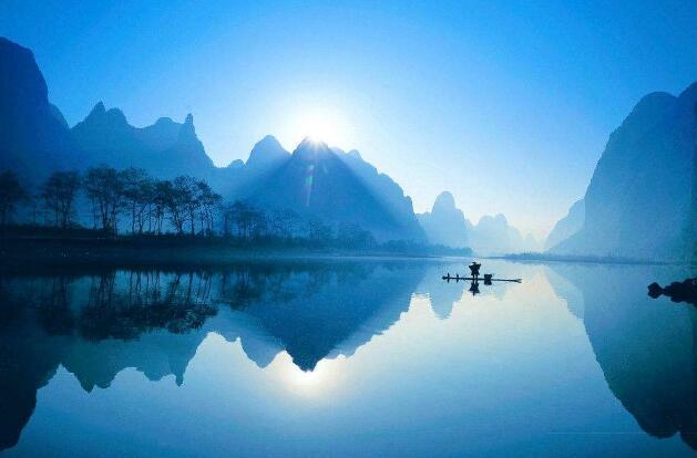 中国四大奇观:吉林雾凇、桂林山水、云南石林、长江三峡