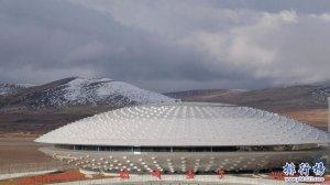 世界上海拔最高的机场:稻城亚丁机场(下飞机会头晕)