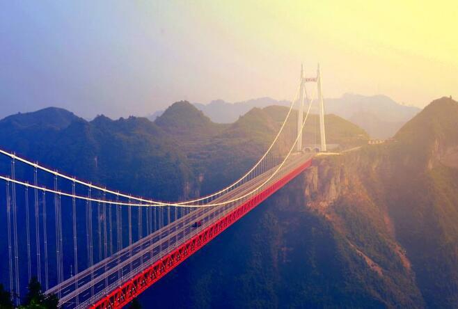 中国十大最美公路,能够让人听到就怦然心动、血脉偾张