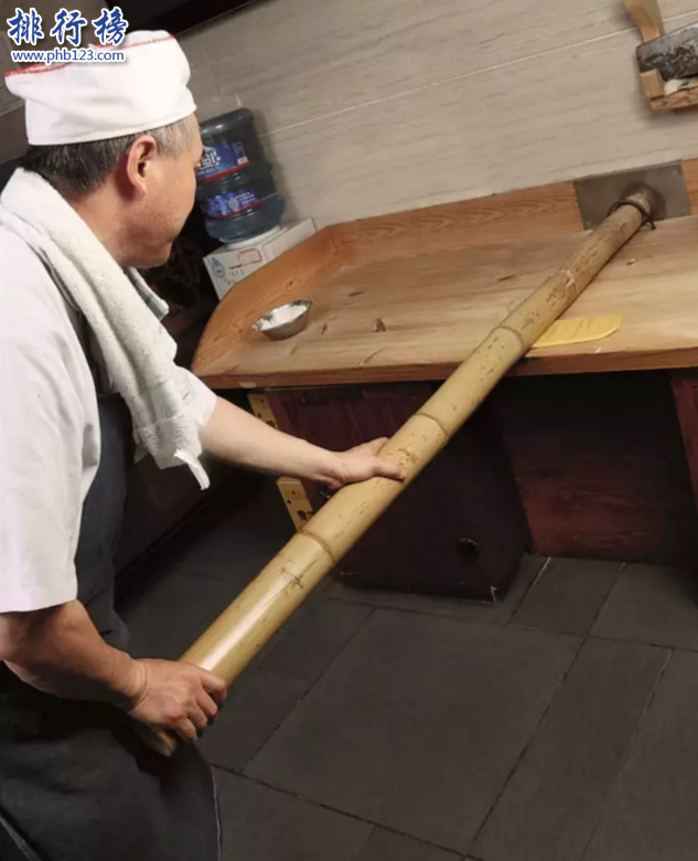 世界上最细手工面:四川小吃金丝面 直径0.067毫米