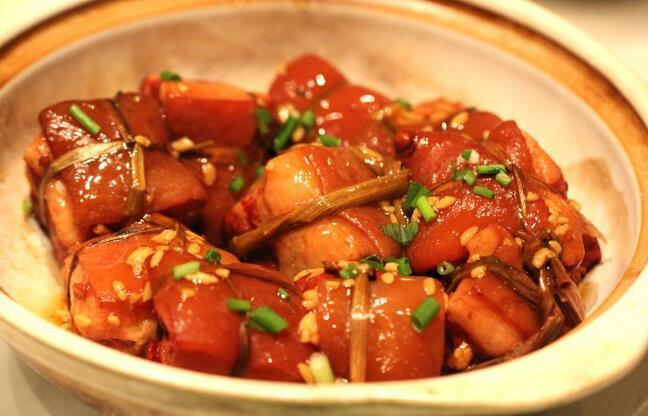 中国十大名菜,北京烤鸭是御厨为皇帝朱元璋而专门研制