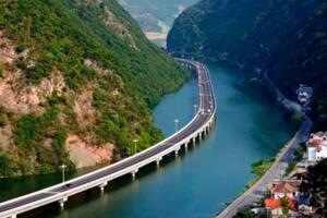 中国最美的水上公路:湖北古昭公路,宛如游龙蜿蜒香河之上