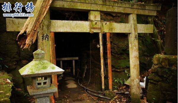 日本最恐怖的地方排名 富士山自杀森林尸体比树还多