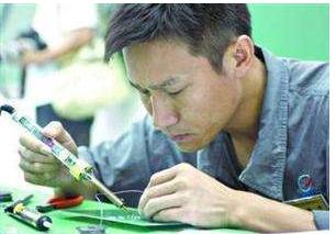 中国紧缺十大技工:目前最缺的技术工种盘点