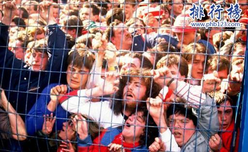 世界十大足球惨案:海瑟尔惨案至300人受伤,英格兰被禁赛5年