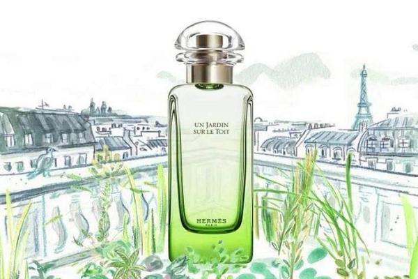 女士香水排行榜10强:最好闻的香水都在这里