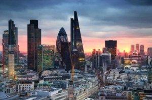 英国10大投资银行 汇丰控股登顶,净收入1187亿美元