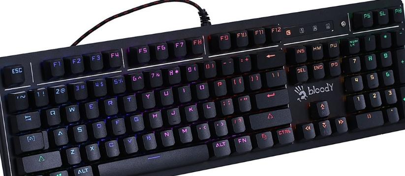 入门机械键盘推荐2018,外观时尚简约性价比高的游戏键盘