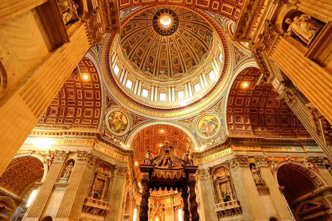 世界最大教堂排名 圣彼得大教堂1.51萬平方米(世界第一)