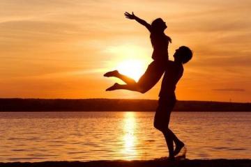 情侣必做100件浪漫事情 盘点恋爱清单100情侣必做