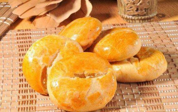澳门手信排行 杏仁饼是老字号,葡式蛋挞好吃到绝了