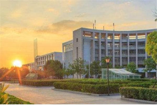 武汉211大学有哪些?2019武汉211大学名单排名榜 (7所)