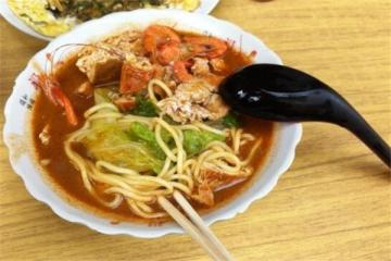鼓浪屿必吃的4种小吃 土冻笋/花生汤/沙茶面/鱼丸