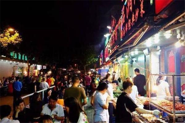 上海有名的小吃一条街 城隍庙小吃街必去
